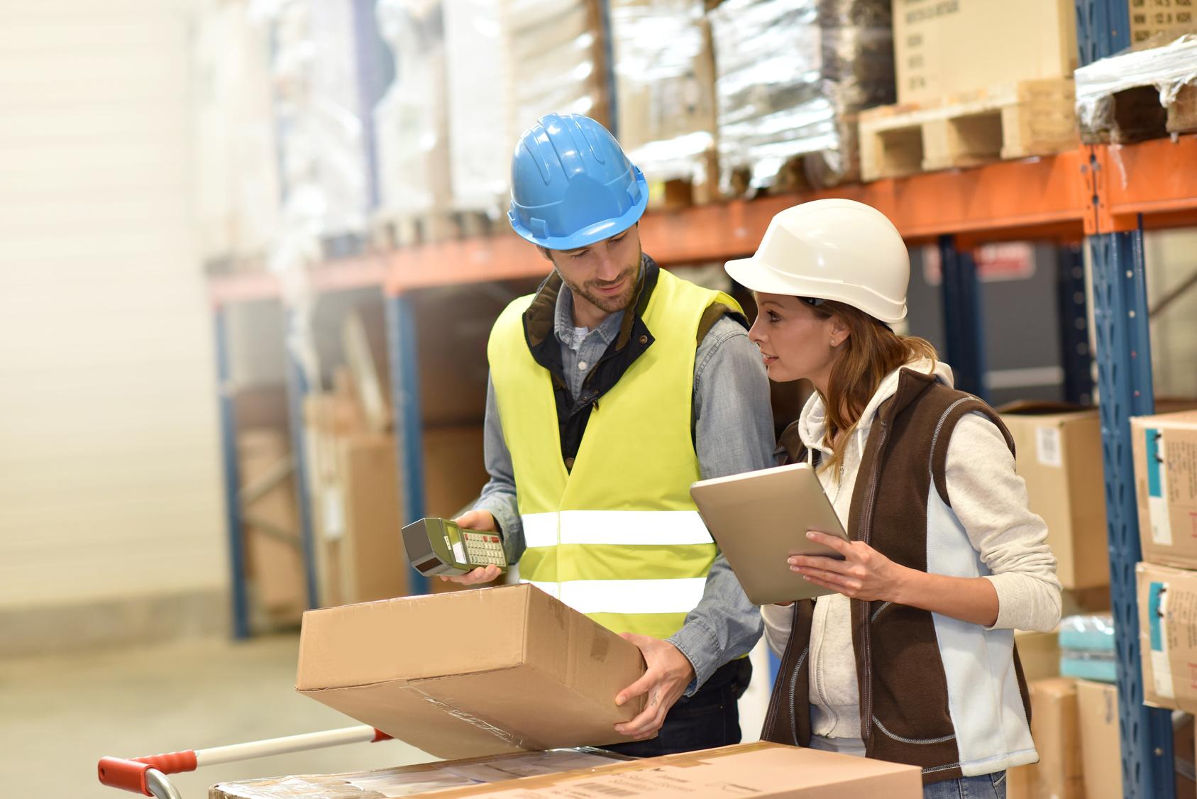 Staplerfahrer Kuriere Logistikmitarbeiter Lagerhelfer Verpacker Produktionshelfer LKW Fahrer Osteuropa